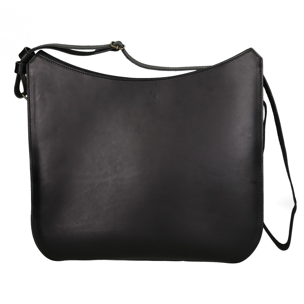 sac bandouli re en cuir noir fait main en italie. Black Bedroom Furniture Sets. Home Design Ideas