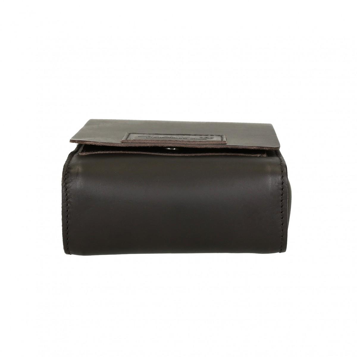 petit sac bandouli re en cuir marron fonc artisanale gianluca l 39 artisan du cuir. Black Bedroom Furniture Sets. Home Design Ideas