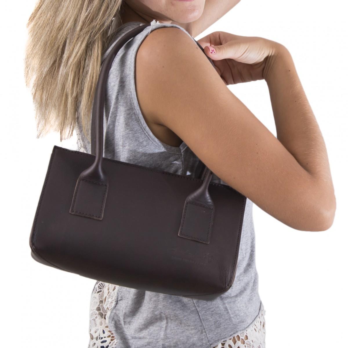 hand gefertigte kleine damen handtasche aus dunkelbraunem. Black Bedroom Furniture Sets. Home Design Ideas