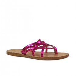Sandale nu pied pour femme en cuir laminé fuchsia