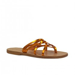 Ladies thong slippers in orange laminated leather
