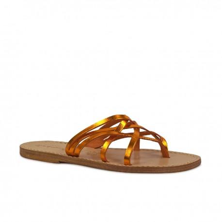 Damen-Riemchen-Sandalen mit oranger Laminierung in Italien von Hand gefertigt