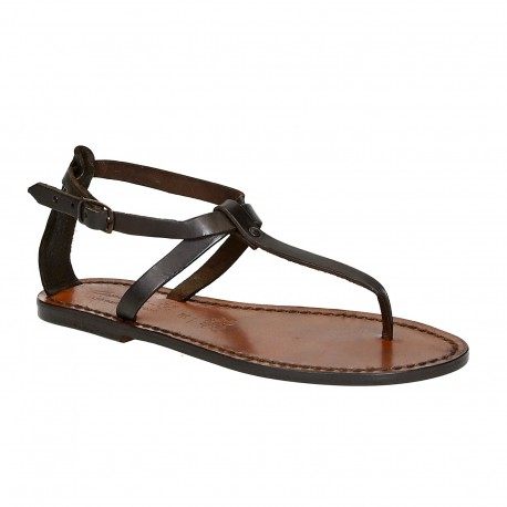 Las mujeres sandalias en cuero marrón oscuro hecha a mano en Italia