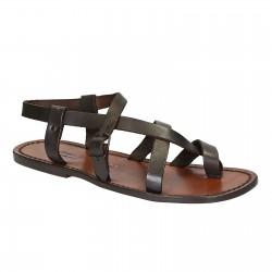 Sandalias de los hombres hechos a mano en cuero marrón oscuro