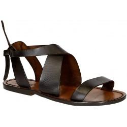 Sandalias de las mujeres en cuero marrón oscuro hecho a mano en Italia