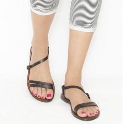 Hand gefertigte dunkelbraune flache Sandalen für Damen