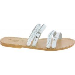 Nu-pieds pour femme en cuir tressé blanc travaillé à main