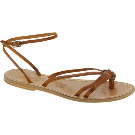 Sandali infradito in pelle color cuoio da donna fatti a mano