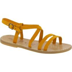 Damen Riemchen-Sandalen aus Ocker Nubuk in Italien von Handgefertigt