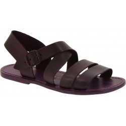 Sandalias de hombre hechas a mano en cuero color violeta