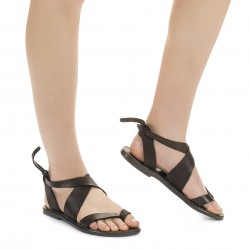 Women's flat mud color leather sandals handmade in Italy