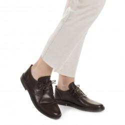 Zapatos bajos para mujer de cuero marrón oscuro Hecho a mano en Italia