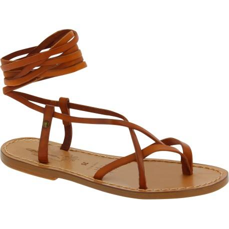 Sandalias de tiras planas de cuero marron para mujer hechas a mano en Italia