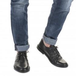 Scarpe basse da uomo in pelle nera fatte a mano in Italia
