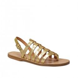 Oro sandalias planas en cuero hecho a mano en Italia