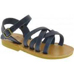 Sandalias gladiadoras trenzadas para niño en piel nobuck azul con cierre de hebilla