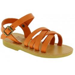 Sandalias gladiadoras trenzadas para niño en piel de becerro naranja con cierre de hebilla