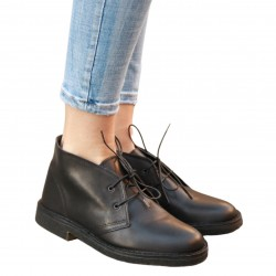 Women's black leather chukka boots handmade in Italy