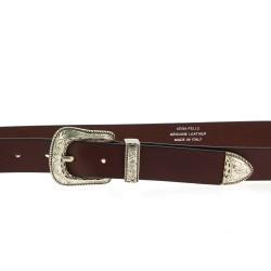 Cintura in pelle marrone scuro con fibbia e puntale in metallo inciso