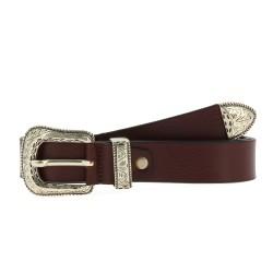 Cinturón de piel marrón oscuro con hebilla y punta de metal grabado
