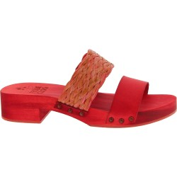 Zueco tacón de madera rojo con banda de rafia y cuero